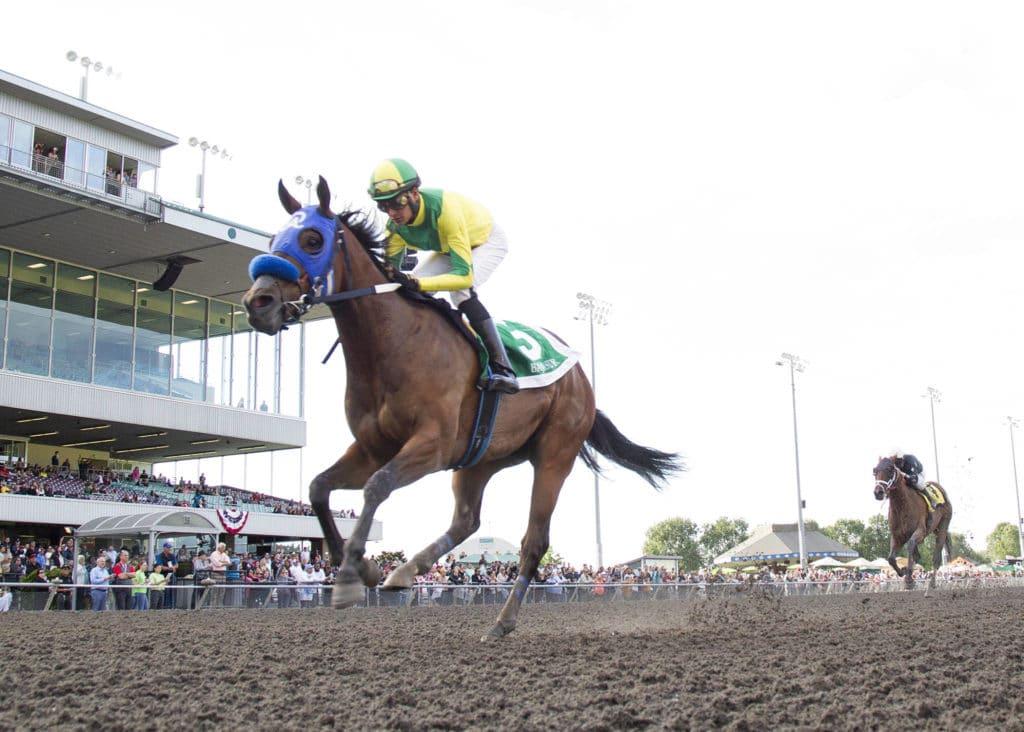 Baja Sur captures the Auburn Stakes